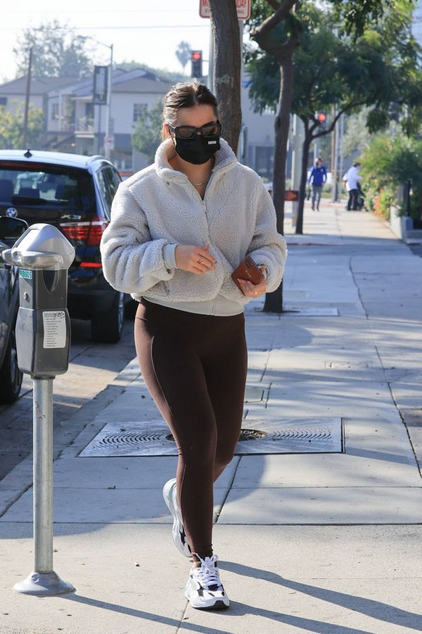 Addison Rae Heads to workout in LA 06