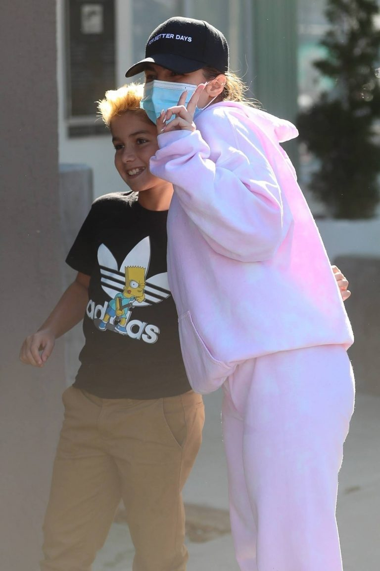 Addison Rae seen out after a workout at Dogpound in West Hollywood 10