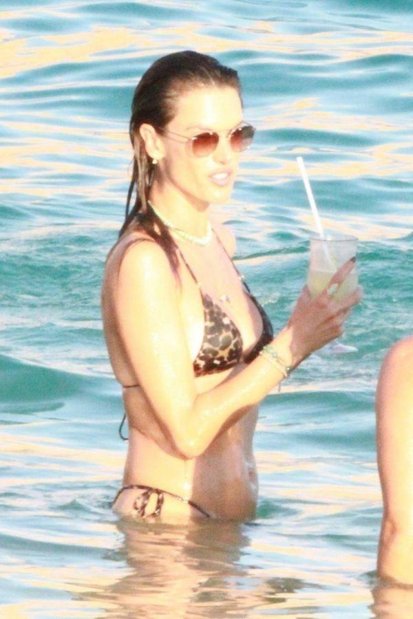 Alessandra Ambrosio Bikini candids in Cabo San Lucas 06
