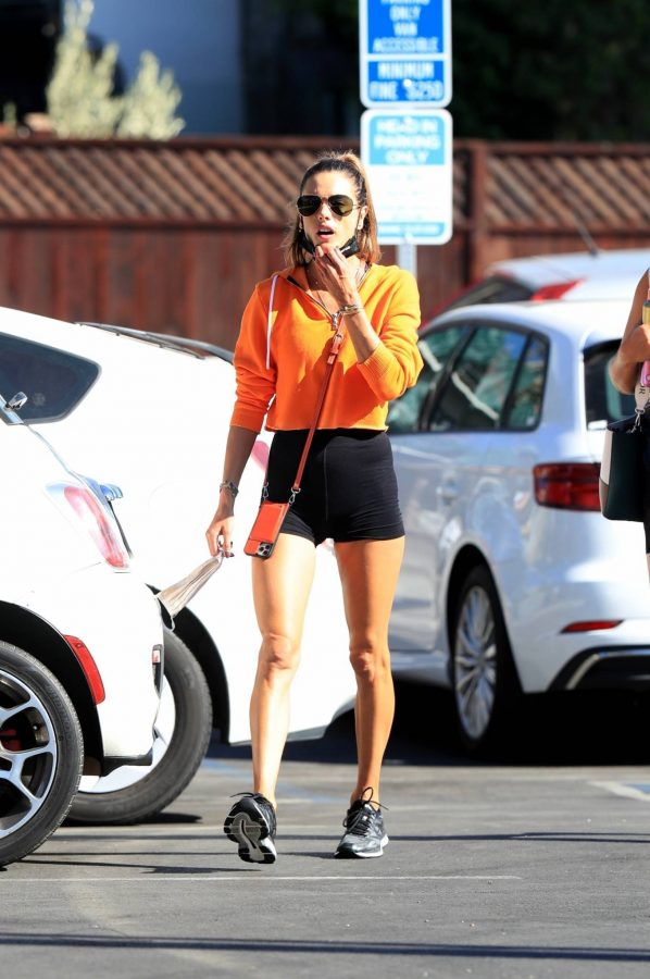 Alessandra Ambrosio Spotted while going to a gym in West Hollywood 02