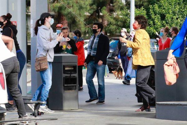 Alia Shawkat At a local gas station in Los Feliz 12