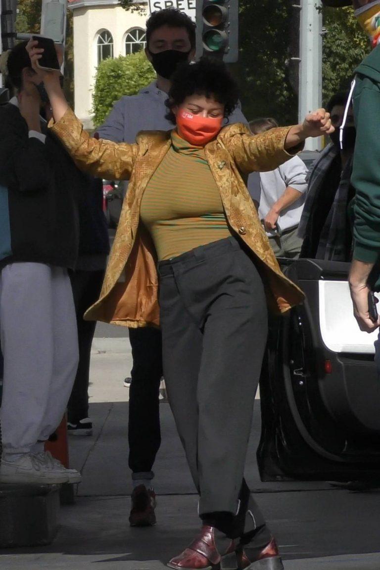 Alia Shawkat At a local gas station in Los Feliz 20