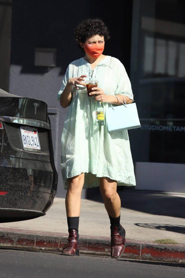 Alia Shawkat Running her errands around town in Los Angeles 05