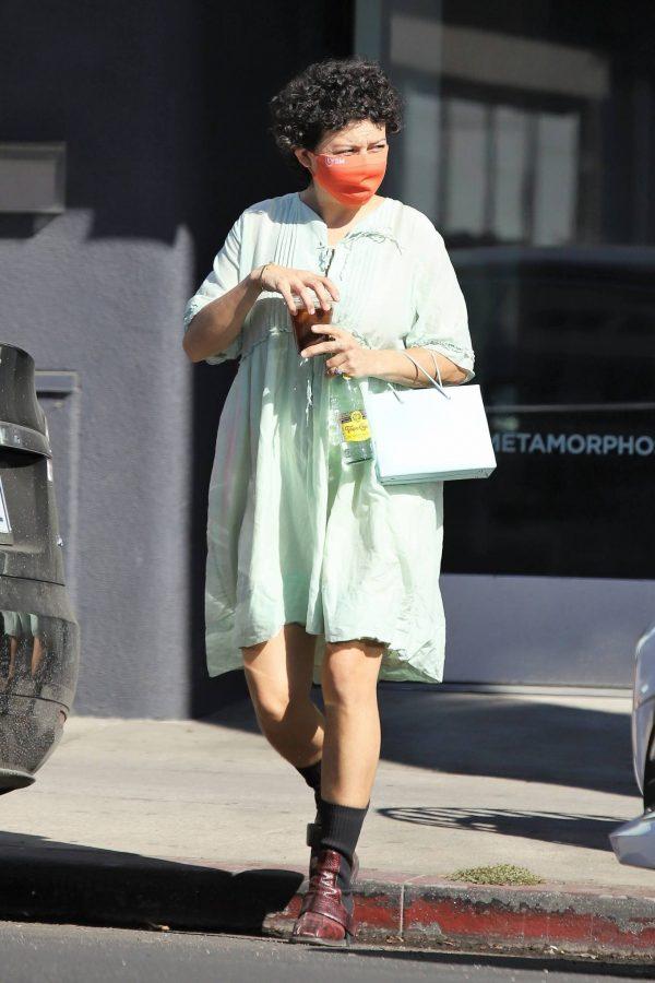 Alia Shawkat Running her errands around town in Los Angeles 09