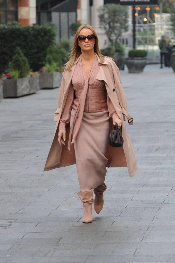 Amanda Holden Look stylish while leaving Global Studios in London 01