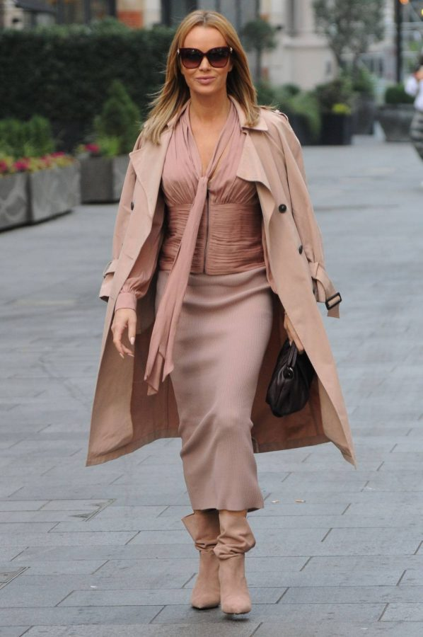 Amanda Holden Look stylish while leaving Global Studios in London 02