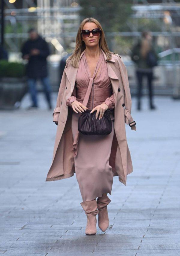 Amanda Holden Look stylish while leaving Global Studios in London 04