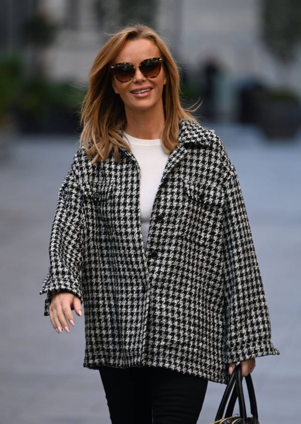 Amanda Holden Looks casual while leaving the Global Studios in London 02
