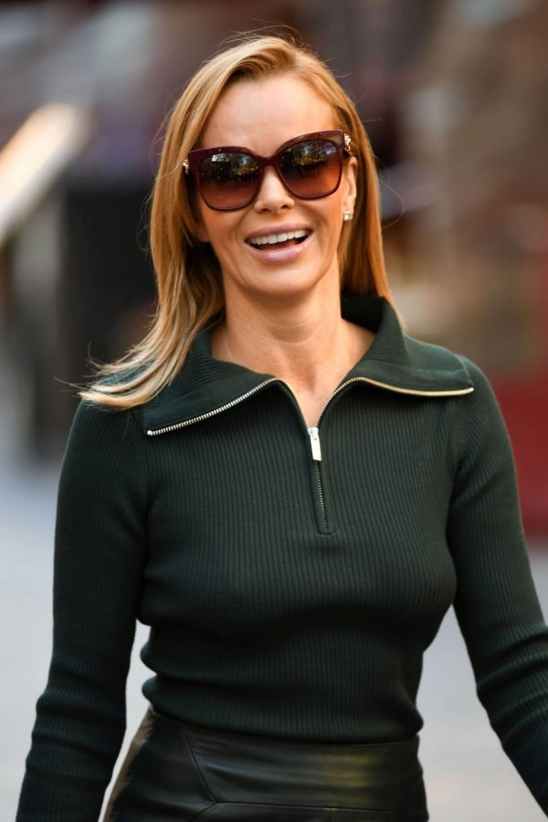 Amanda Holden Pictured leaving the Global studios in London 04