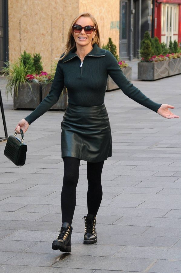 Amanda Holden Pictured leaving the Global studios in London 05
