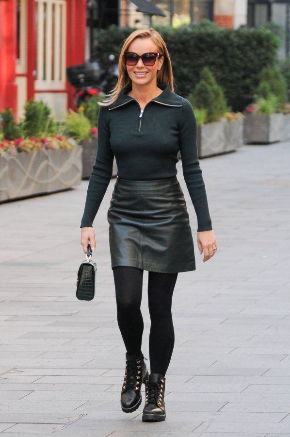 Amanda Holden Pictured leaving the Global studios in London 07