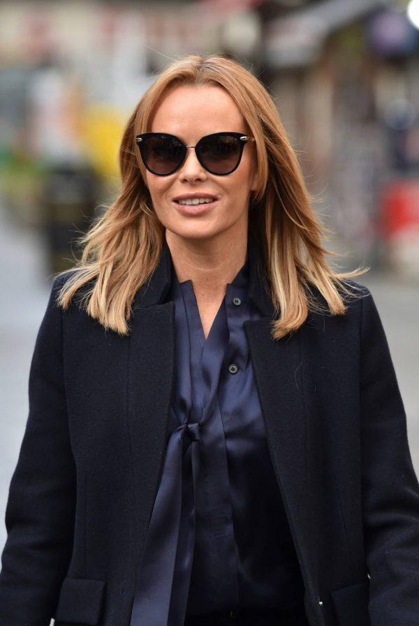 Amanda Holden Seen after the Heart Breakfast show in London 02