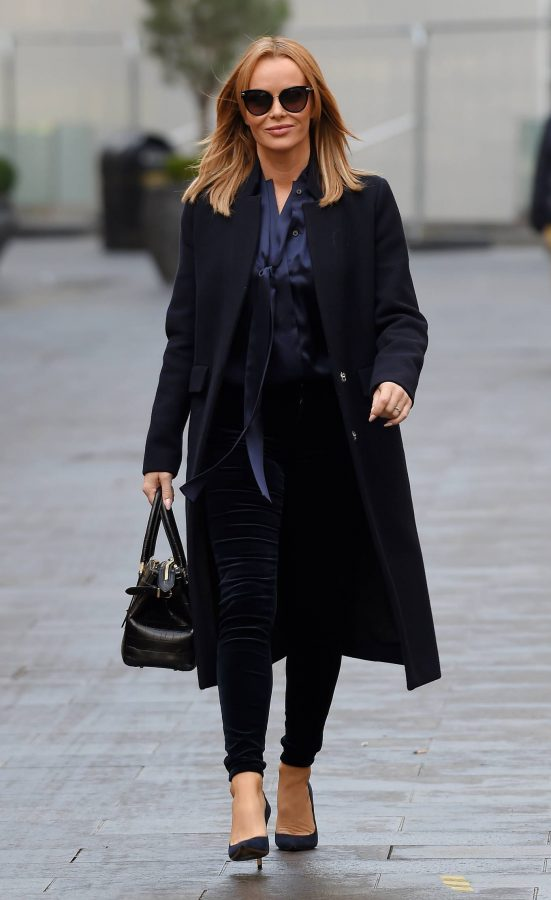 Amanda Holden Seen after the Heart Breakfast show in London 03