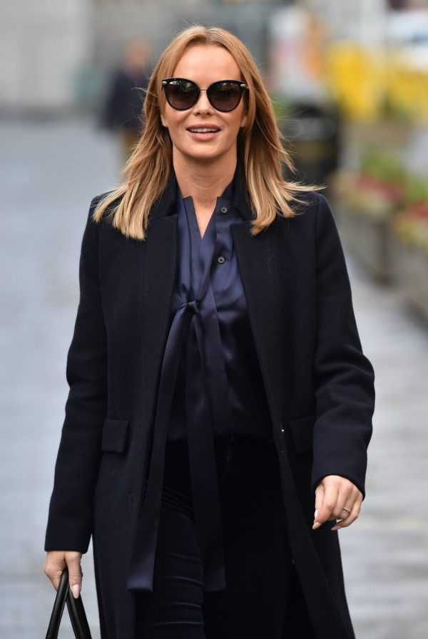 Amanda Holden Seen after the Heart Breakfast show in London 05