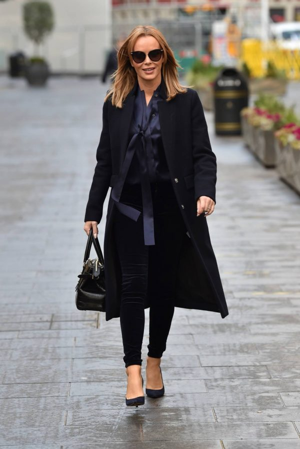 Amanda Holden Seen after the Heart Breakfast show in London 06