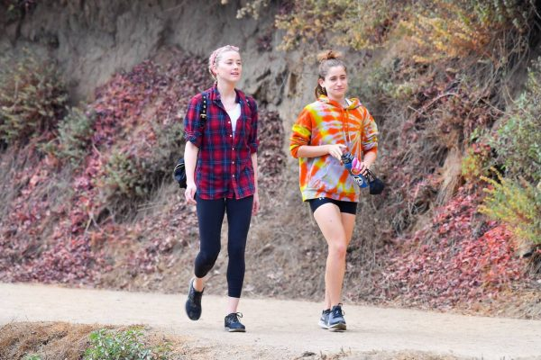 Amber Heard Out for a hike with a friend in Pasadena 09