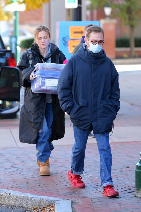 Anna Paquin On the set of Modern Love filming at Healthy Cafe in Schenectady 02