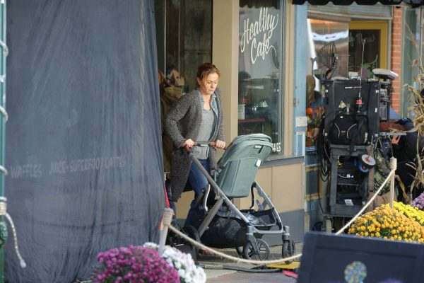 Anna Paquin On the set of Modern Love filming at Healthy Cafe in Schenectady 06