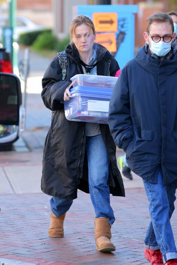 Anna Paquin On the set of Modern Love filming at Healthy Cafe in Schenectady 08