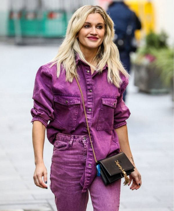 Ashley Roberts Leaving the Global Studios in London 06