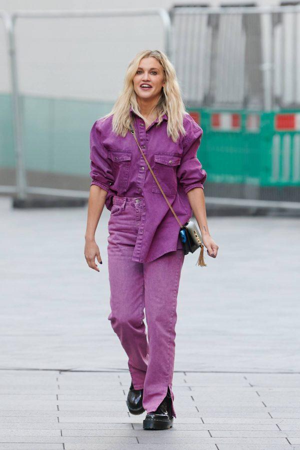 Ashley Roberts Leaving the Global Studios in London 08