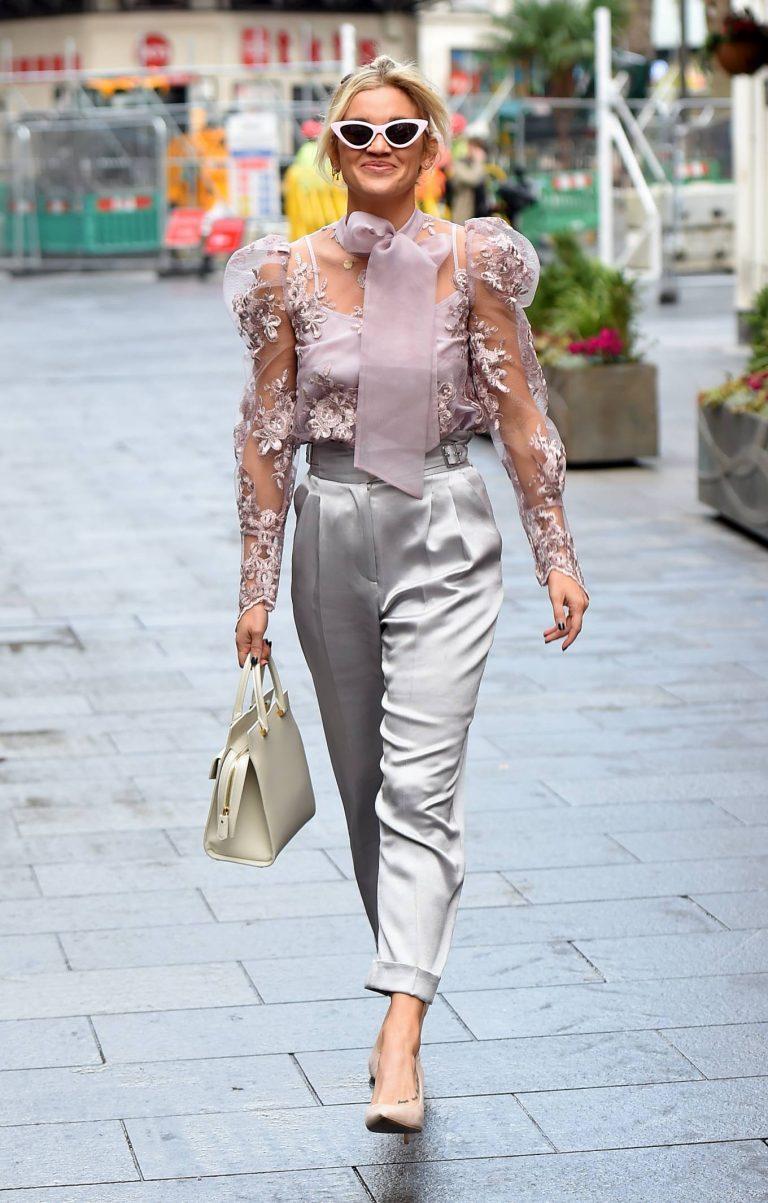 Ashley Roberts Looking stylish in London 06