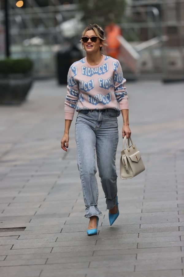 Ashley Roberts Pictured in denim at Heart radio show in London 06