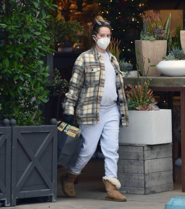 Ashley Tisdale Seen at rolling greens farm and garden store in Los Angeles 02