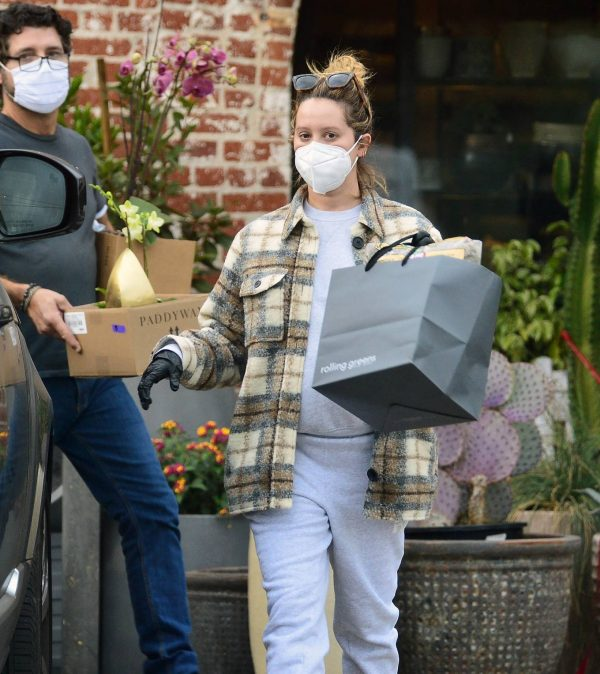 Ashley Tisdale Seen at rolling greens farm and garden store in Los Angeles 07