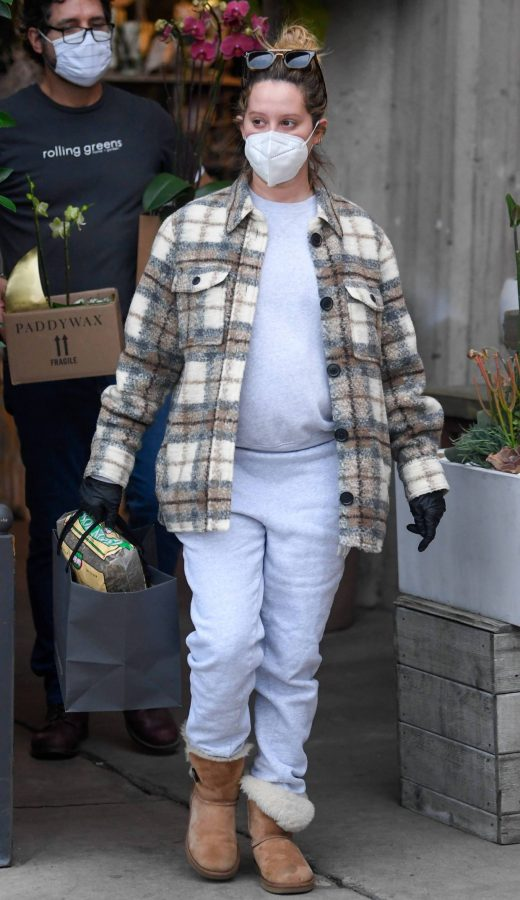 Ashley Tisdale Seen at rolling greens farm and garden store in Los Angeles 10