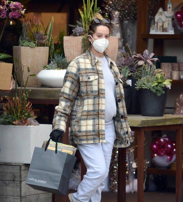 Ashley Tisdale Seen at rolling greens farm and garden store in Los Angeles 12