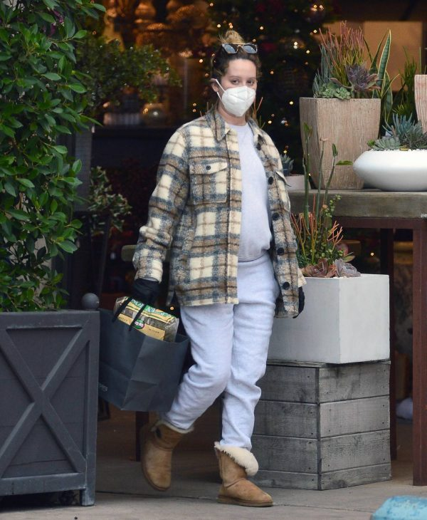 Ashley Tisdale Seen at rolling greens farm and garden store in Los Angeles 15