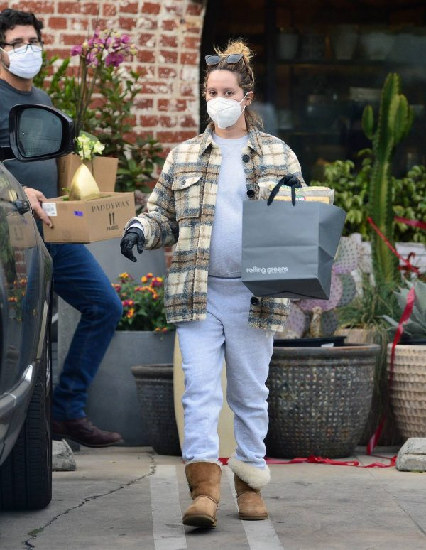 Ashley Tisdale Seen at rolling greens farm and garden store in Los Angeles 18