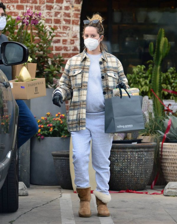 Ashley Tisdale Seen at rolling greens farm and garden store in Los Angeles 19