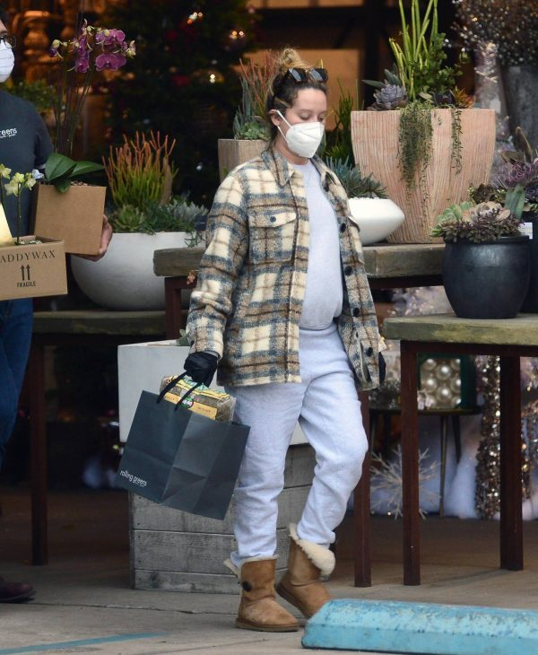Ashley Tisdale Seen at rolling greens farm and garden store in Los Angeles 21