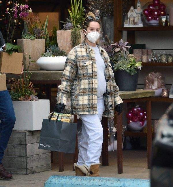 Ashley Tisdale Seen at rolling greens farm and garden store in Los Angeles 23
