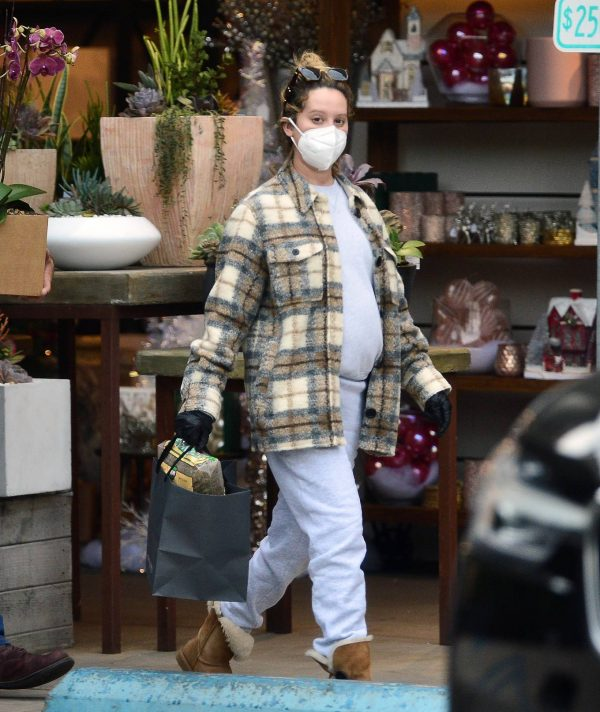Ashley Tisdale Seen at rolling greens farm and garden store in Los Angeles 24
