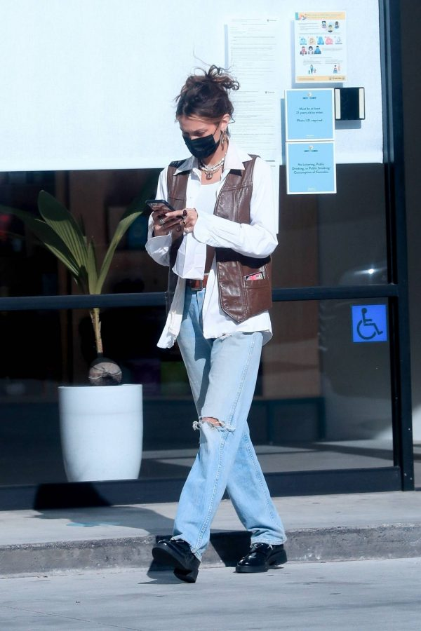 Bella Hadid Shopping at Sweet Flower Cannabis store in Studio City 05
