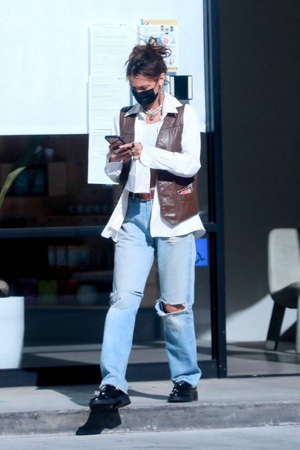 Bella Hadid Shopping at Sweet Flower Cannabis store in Studio City 09