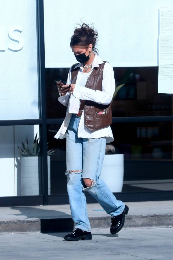 Bella Hadid Shopping at Sweet Flower Cannabis store in Studio City 11