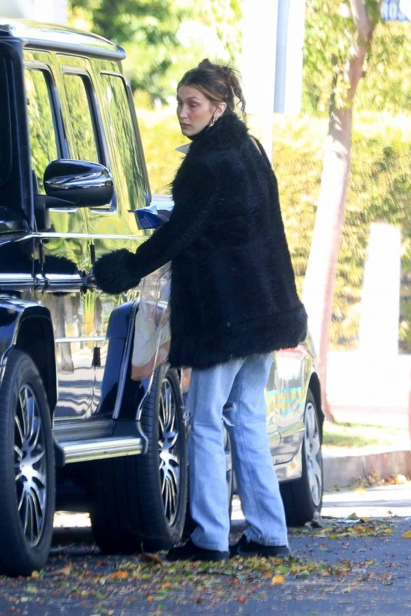 Bella Hadid leaves a friends house in Beverly Hills 04