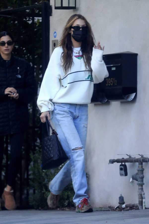 Bella Hadid spotted leaving a studio after a meeting in Los Angeles 02