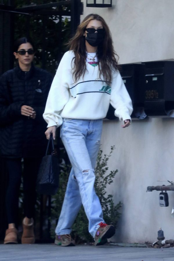 Bella Hadid spotted leaving a studio after a meeting in Los Angeles 05