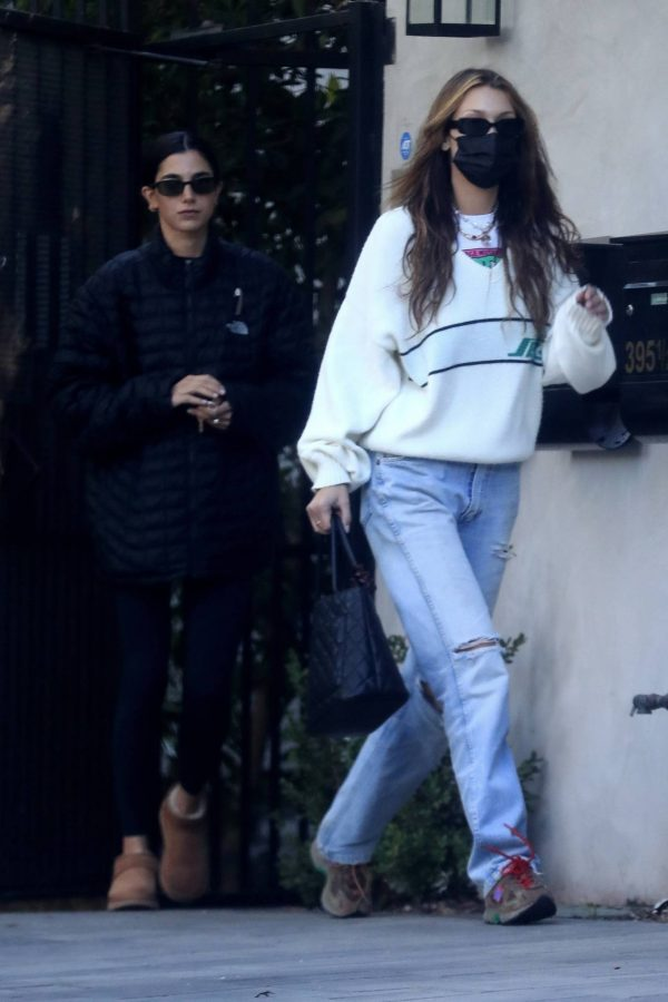 Bella Hadid spotted leaving a studio after a meeting in Los Angeles 15