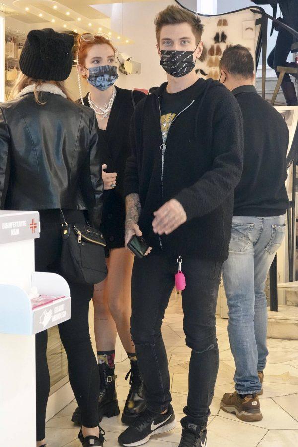 Bella Thorne Halloween shopping spree in Rome 10