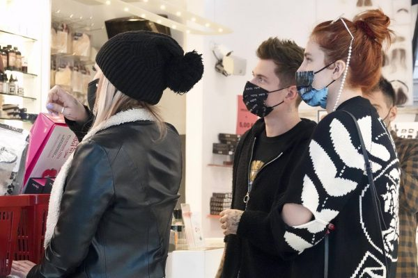 Bella Thorne Halloween shopping spree in Rome 16