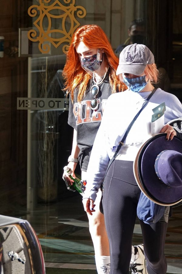 Bella Thorne Seen leaving her hotel in Rome 05 1