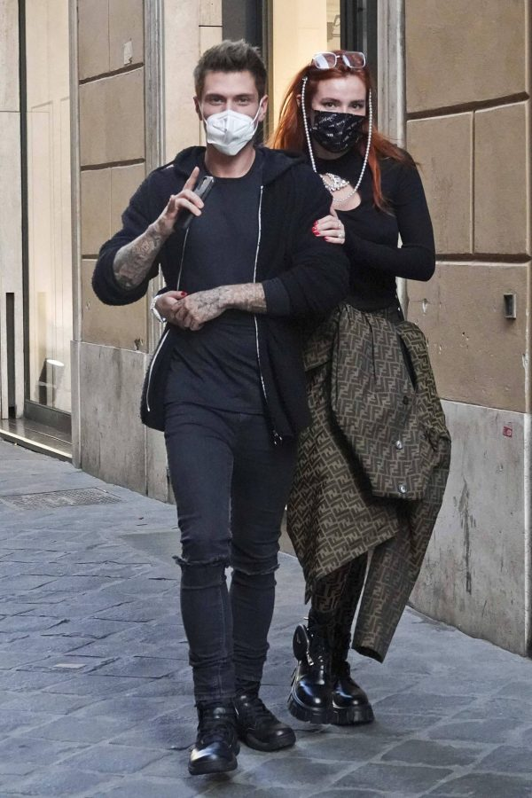 Bella Thorne on PDA with boyfriend singer Benjamin Mascolo in Rome 03