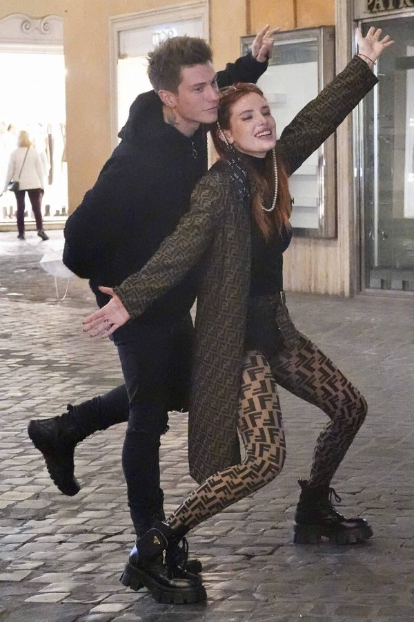 Bella Thorne on PDA with boyfriend singer Benjamin Mascolo in Rome 14