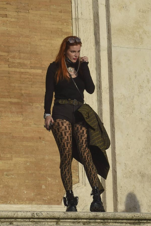 Bella Thorne on PDA with boyfriend singer Benjamin Mascolo in Rome 19